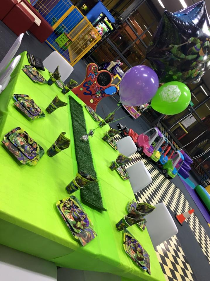 Ninja turtles themed party tables