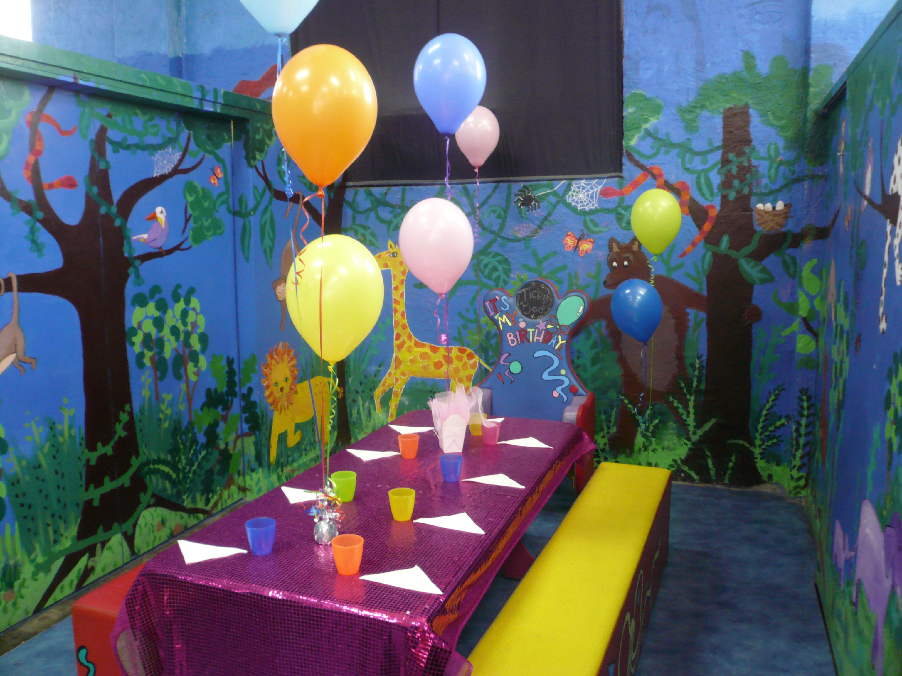 Decorated jungle party room