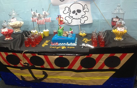 Pirate Party table with cake